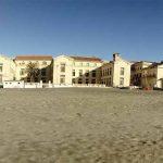 Passeggiare ad Ostia d 'Inverno i bar in riva al Mare